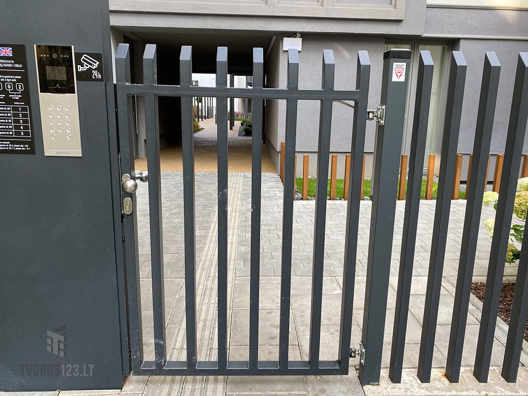 Metalinė-tvora-Šukos-033
